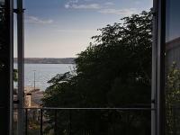 apt-9-pogled-s-franc-balkona