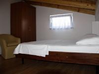 apt-7-bracni-krevet